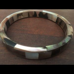 Tortuous shell bangle